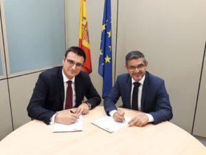 Firma acuerdo PSOE-CS