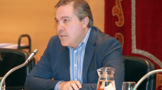 El Gobierno Municipal Denuncia La Gestión Catastrófica Del PP, Con 125 Contratos Sin Tramitar