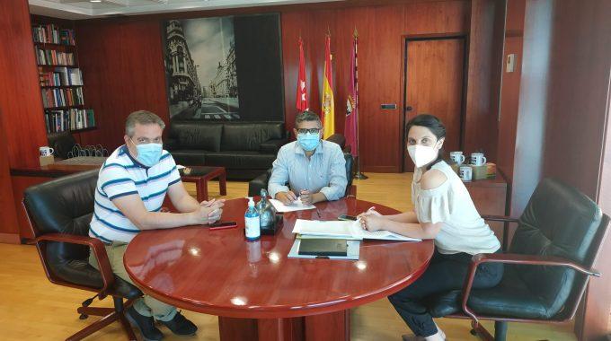 El Alcalde De Alcobendas Se Reúne Con La Portavoz Adjunta Del Grupo Socialista En La Asamblea De Madrid