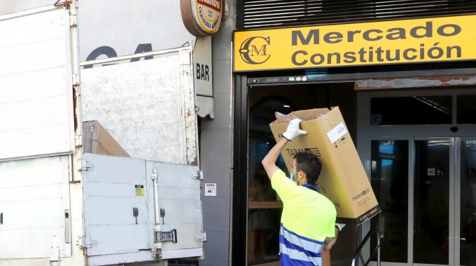 Servicio Gratuito De Retirada De Cartón En Los Comercios De Alcobendas